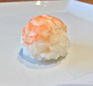 てまり寿司の海老の写真