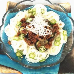 ピリ辛肉みそ三ノ輪素麺の写真